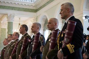 Andrzej Duda wręczył nominacje generalskie. Gen. Kraszewski odzyskał dostęp do informacji niejawnych