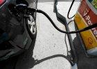 Ropa w Stanach dro�eje przez Rosj�. Kreml chce rozm�w z OPEC o ci�ciach dostaw surowca
