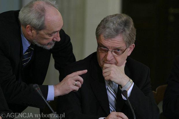Antoni Macierewicz i Zbigniew Wassermann w Sejmie w kwietniu 2005 r.