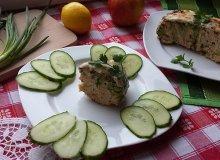 Brokuł zapiekany z mięsem w sosie serowym - ugotuj