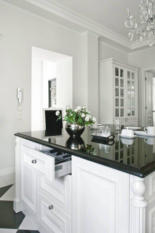 Czarno biała kuchnia -> Kuchnia Z Wyspą Grafika