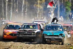 Parszywa Wrak Race. Wy�cigi zdezelowanych aut [WIDEO]