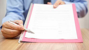 Fakt podpisania wypowiedzenia nie jest ważny, liczy się jego doręczenie