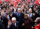 Referendum konstytucyjne - krok dla uleczenia tureckiego narodu