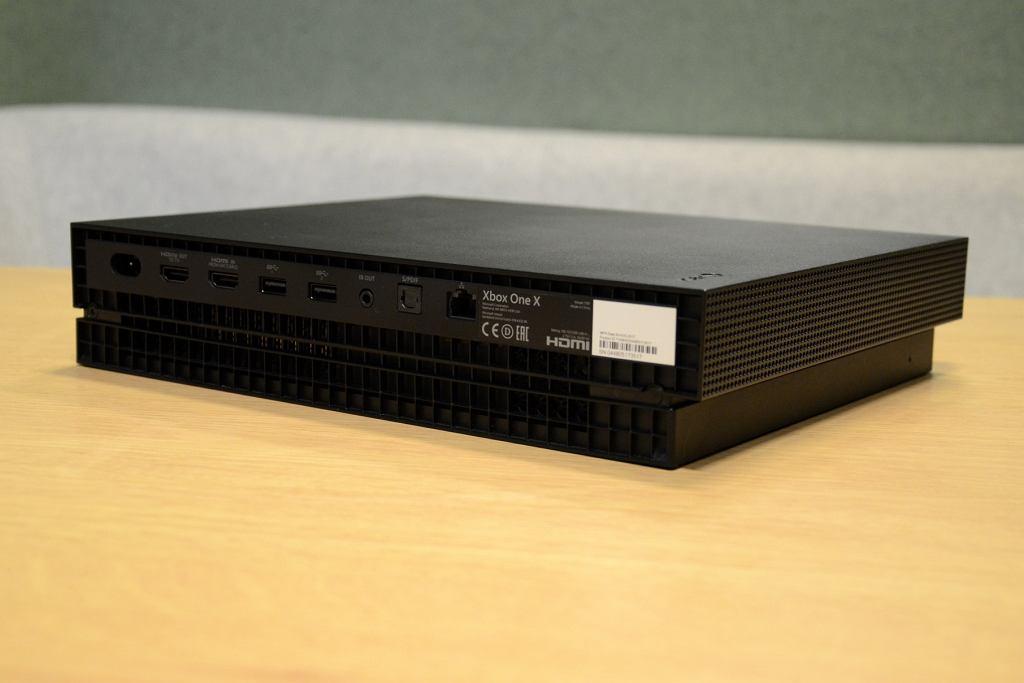 Zdjęcie numer 3 w galerii - Xbox One X zdecydowanie nie jest konsolą dla każdego gracza, ale to jej zaleta [TEST]