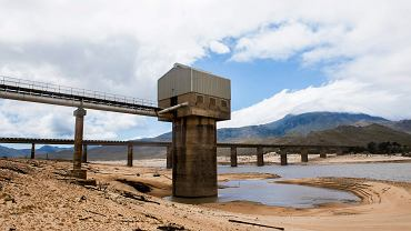 Poziom wody w zbiornikach zaopatrujących Kapsztad ciągle opada.