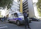 Policja przed redakcją Charlie Hebdo w Paryżu