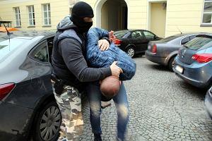 Warszawa. Akcja policji na Trasie Siekierkowskiej. BMW z narkotykami