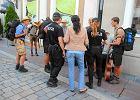 M�odych Niemc�w przegoniono z deptaka w Opolu. Bo �piewali po niemiecku