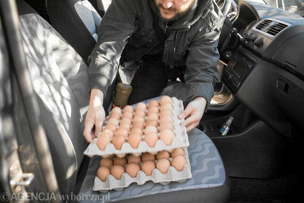 UOKiK sprawdzi� jaja: zawy�ona waga, nieprawdziwe informacje