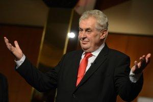 Prezydent Czech dla rosyjskiej gazety: Zamknąć granice Unii