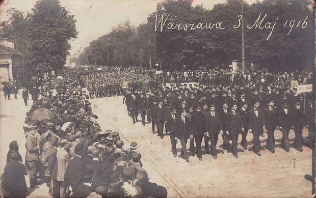 3 maja. Pierwsza od 1830 r. legalna manifestacja patriotyczna w Warszawie w 1916 r.