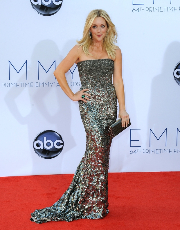 Actress Jane Krakowski arrives at the 64th Primetime Emmy Awards at the Nokia Theatre on Sunday, Sept. 23, 2012, in Los Angeles.  (Photo by Jordan Strauss/Invision/AP)