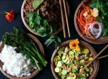 Pikantna, smażona wołowina z tajską bazylią, ryżem kokosowym i warzywami - ugotuj