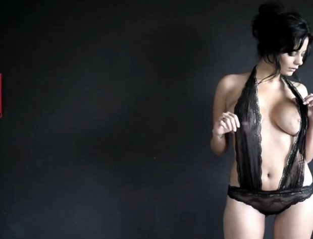 Jovencita disfruta de buen sexo con chico morenito - 3 part 10