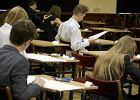 Autorzy testu dla gimnazjalistów nie znają się na plemnikach. Poważne błędy w pytaniach