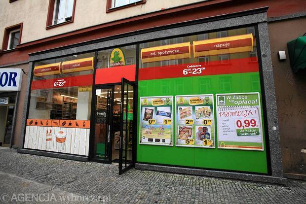 �abka Polska otworzy�a trzytysi�czny sklep