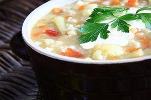 Zupa jarzynowa z zacierką