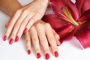 Sposoby na �amliwe paznokcie