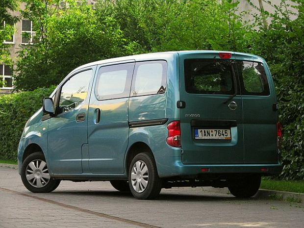 nissan nv200 test za kierownic zdj cie nr 4. Black Bedroom Furniture Sets. Home Design Ideas