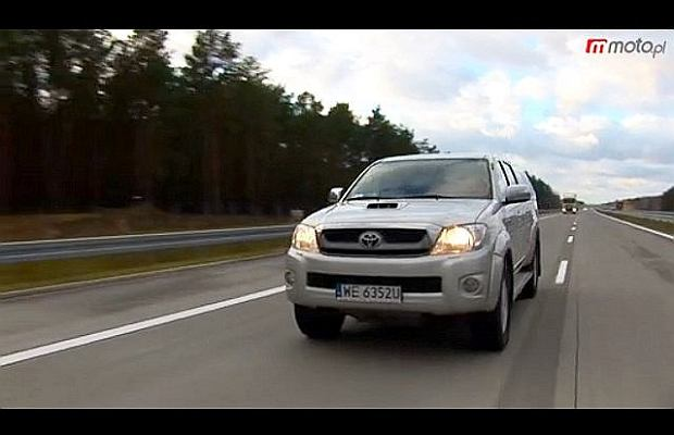 Toyota Hilux w trzech smakach | Test wideo