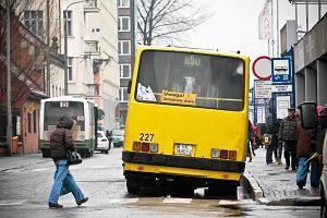 """Kierowca wyrzuci� pasa�era z autobusu. """"Nie musz� je�dzi� w smrodzie''"""