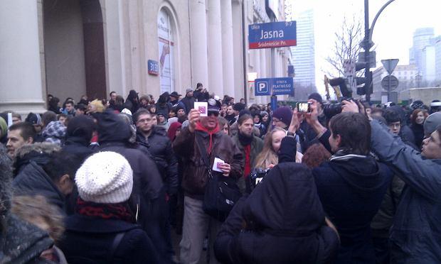 Zdj�cie numer 15 w galerii - Warszawiacy wyszli na ulice. T�um przeciw ACTA