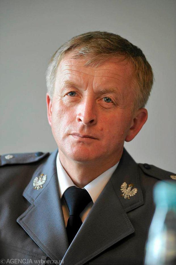 Za tortury na komendzie policji komendanci do dymisji