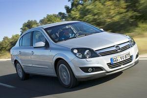 Import samochodów używanych | Miesiąc rekordów