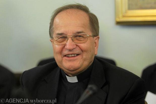 O. Rydzyk: Polska ma pomaga� Grecji, kt�ra daje renty pedofilom