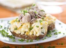 Sałatka z jajek i anchois - ugotuj