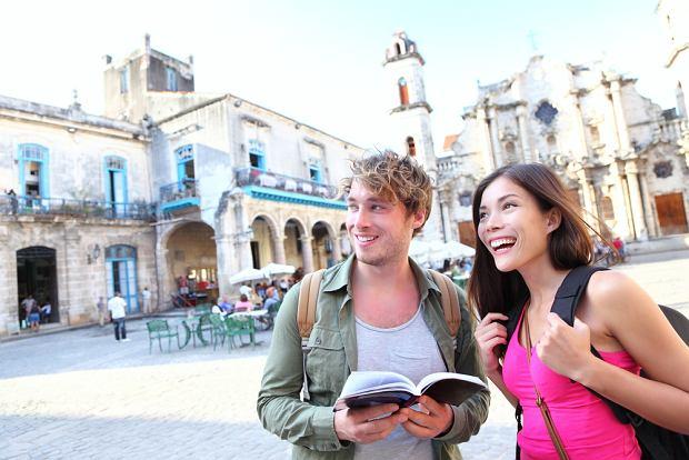Turystyczny savoir vivre - czego nie można robić za granicą