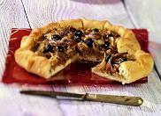 Pissaladiere - tarta z  anchois i oliwkami