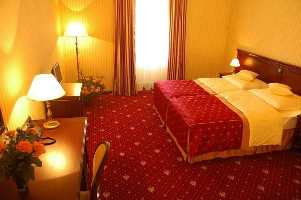 Hotel Turówka, baza Włochów
