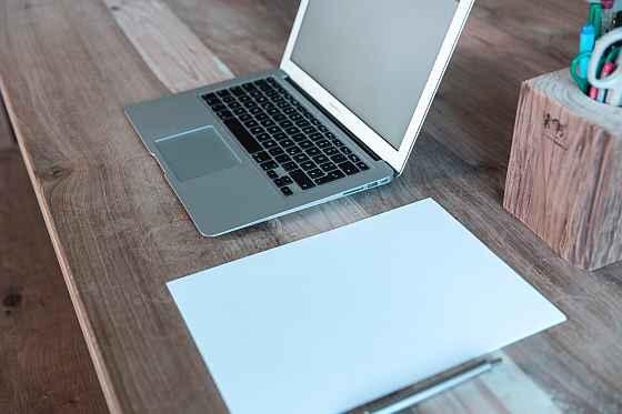Jak założyć stronę firmową? Tylko z linkiem do bloga!