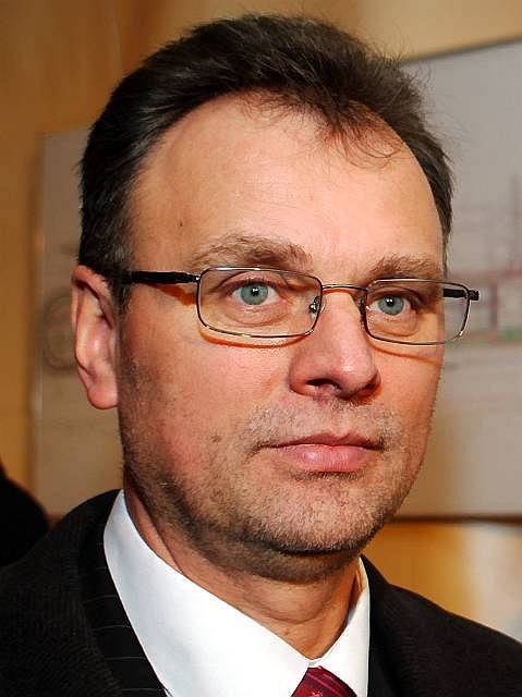 Premier Kaczyński odwołał burmistrza Piaseczna