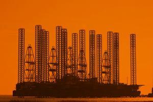 Naftowe pejzaże Baku