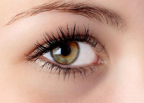 Jak zlikwidować obrzęki pod oczami?