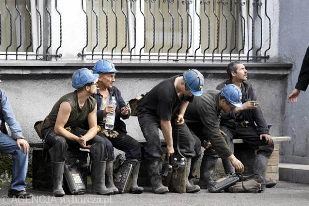 Elektromonterzy narazili górników