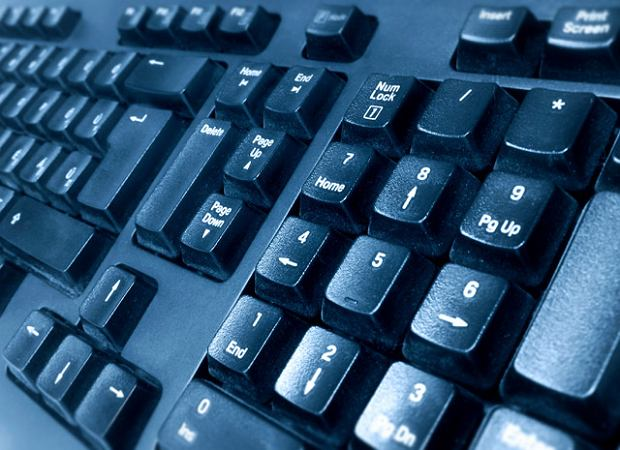 Dostawca internetu ukarany. Nie informowa� o podwy�kach