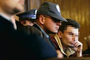 """Łowcy skór"". Morderca z pogotowia chce 10 tys. zł"