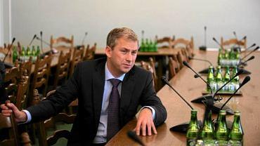 Grzegorz Napieralski na posiedzeniu klubu Lewicy w sprawie ustawy regulującej zapłodnienie in vitro