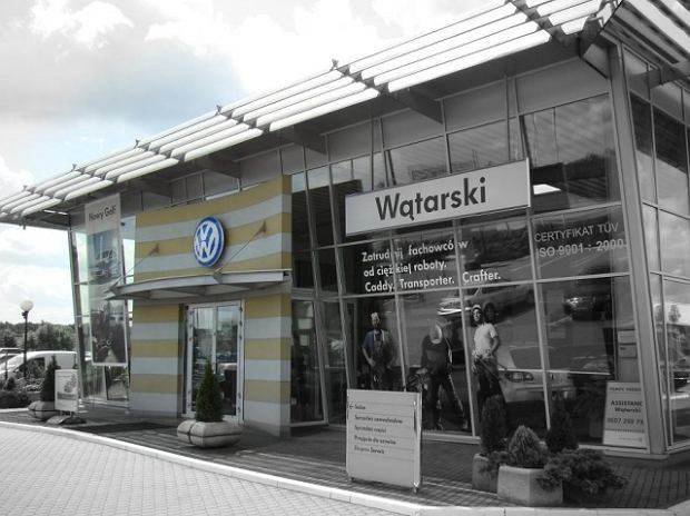 Polacy ruszyli po nowe auta