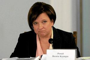 Czeski �art o rezygnacji. Na tropie fa�szywego e-maila Beaty Kempy