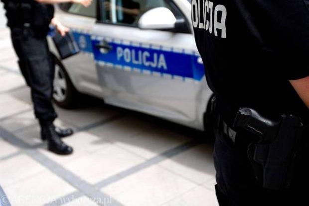Sta�a praca, przyzwoita p�aca - policja szuka ch�tnych