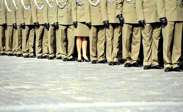 emerytura mundurowa a praca za granicą