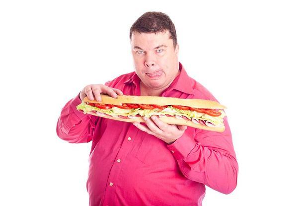 Dieta bogata w cholesterol uszkadza mózg