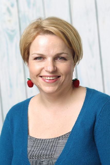 Katarzyna Bosacka - dziennikarka, autorka programu 'Wiem, co jem i wiem, co kupuj�' w TVN Style. Mama tr�jki dzieci.