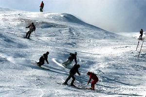 Rośnie liczba wypadków narciarskich na stokach