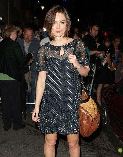 Keira Knightley w sukience w groszki - �adnie?